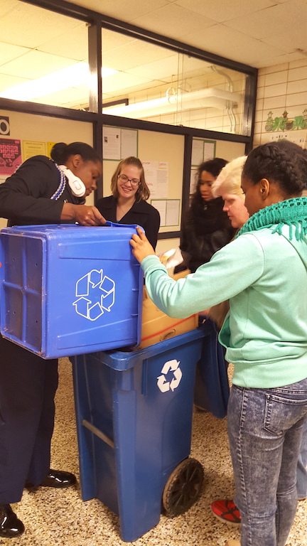 students-recycling